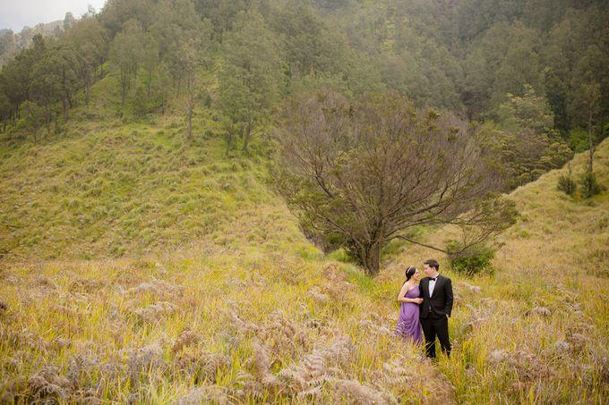 PRE - WEDDING SAMUEL & MERISA BY HENOKH WIRANEGARA by All Seasons Photo - 016