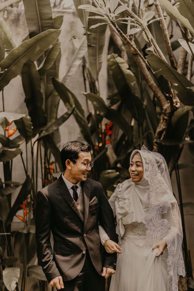 Aisyah & Aziz Wedding at Azila Villa by AKSA Creative - 020