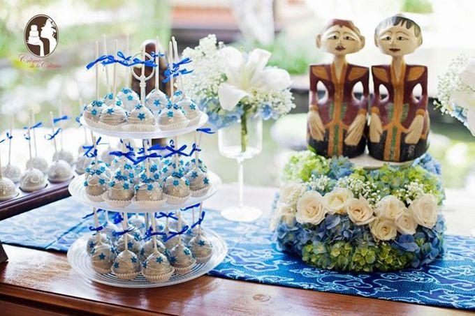 Silver & Royal Blue Wedding Cake by Creme de la Creme Bali - 004