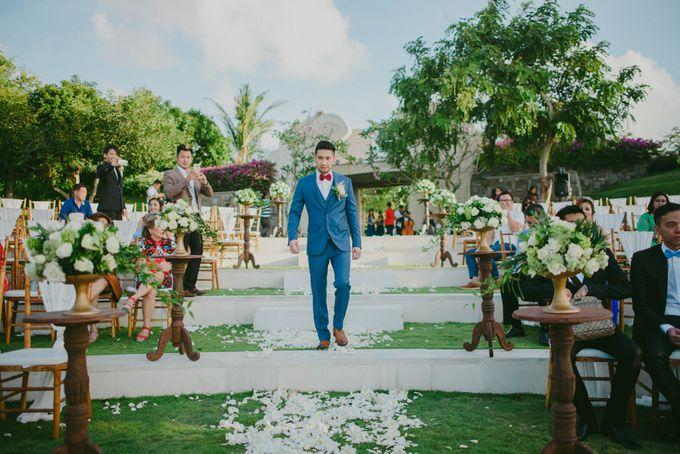 RUSTIC WEDDING DAVID AND JOICE IN SKY AYANA BALI by W organizer - 031