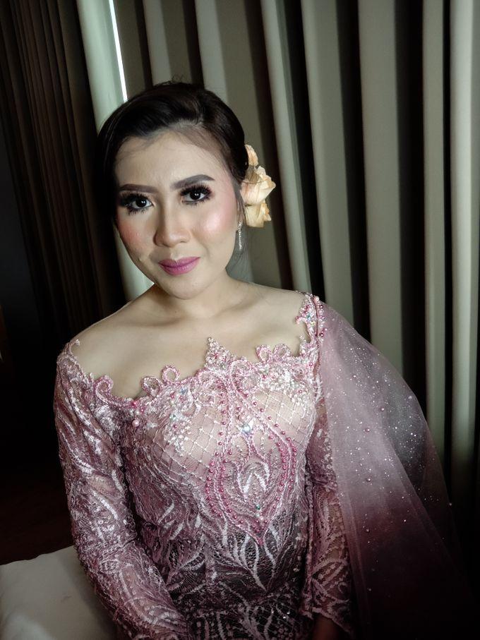 Hairdo Modern by iir bahari professional makeup and wedding - 010