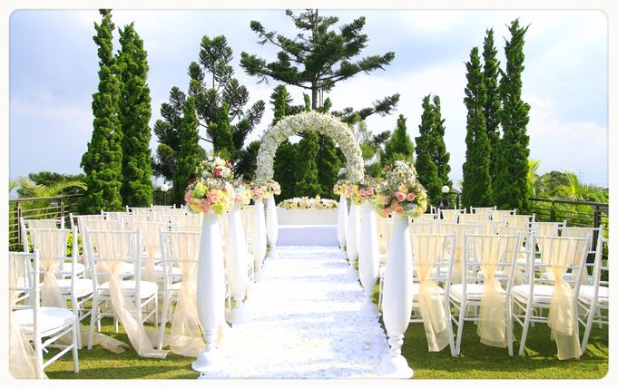 Wedding Packages by Gumilang Regency Hotel - 001