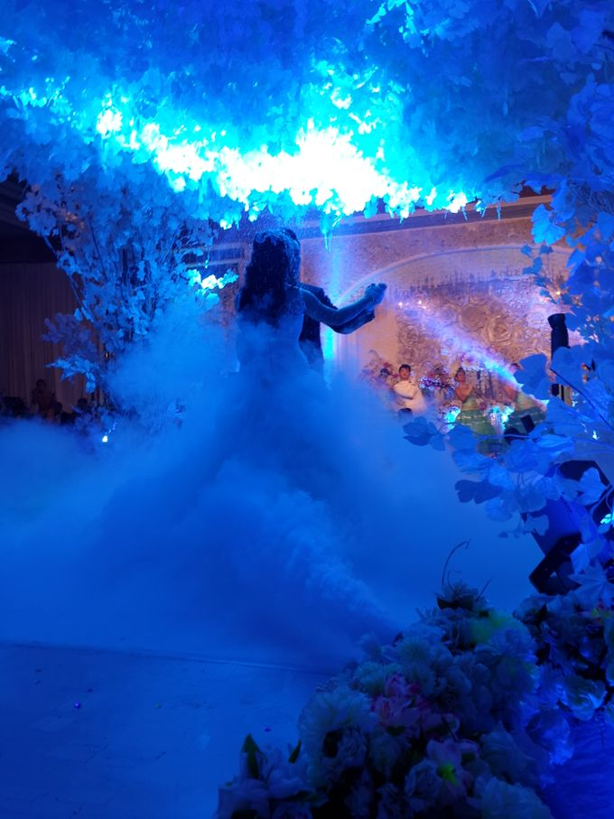 The Wedding of Handoko & Irine by BLAZE EVENT ORGANIZER - 011