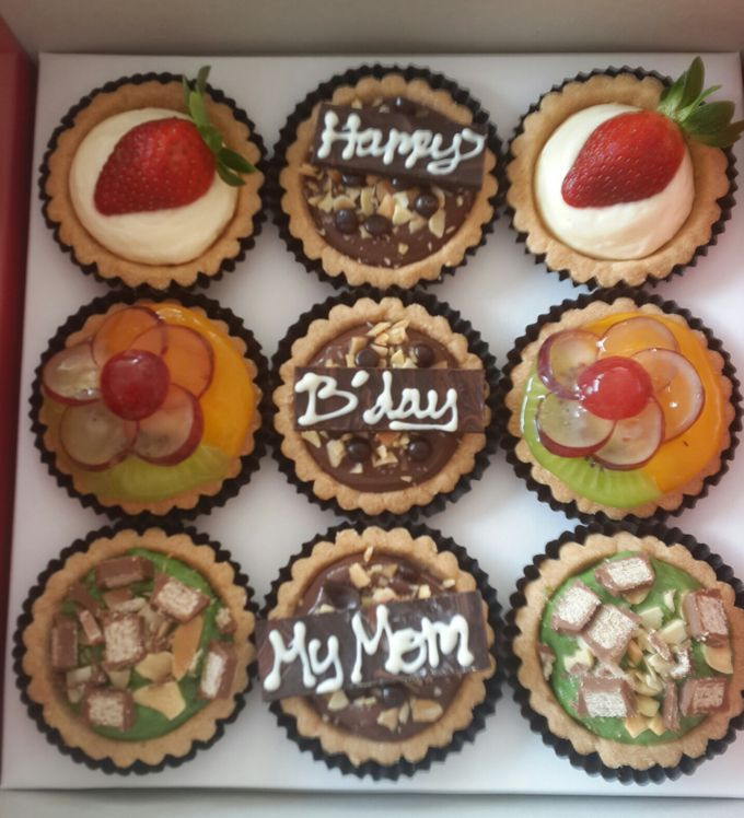Assorted Mini Pie by 391 HomeMade Fruit Pie - 005