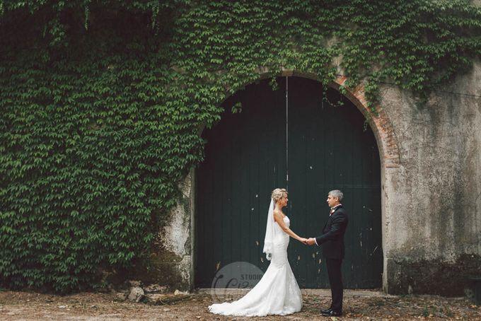 Royal Wedding of Katia and Anton by Studiovictorias - 005