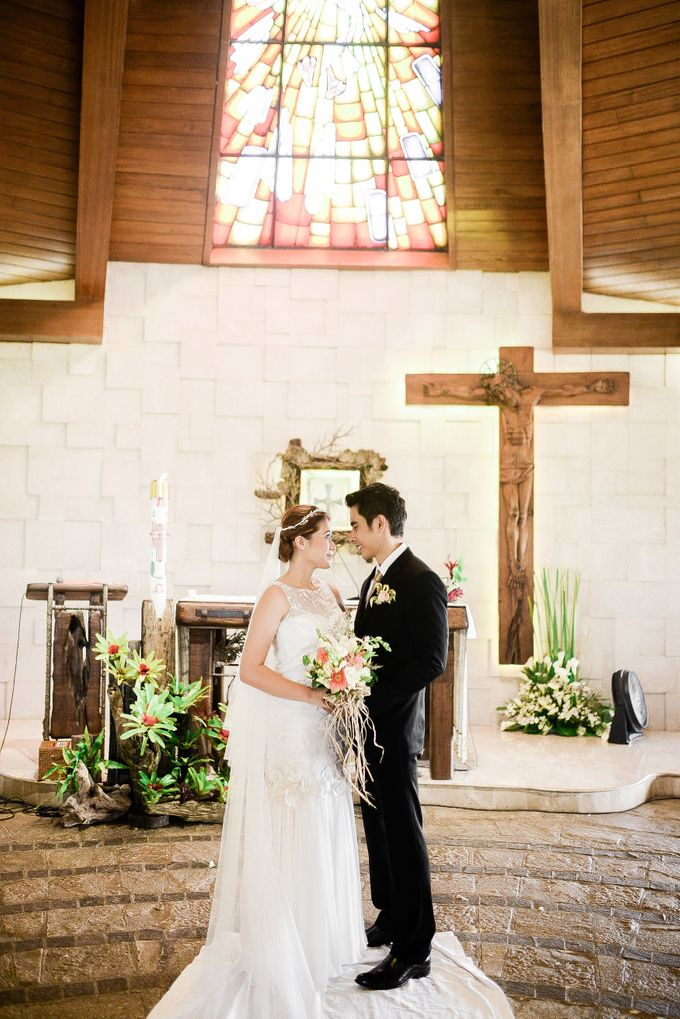 An intimate wedding of Sam and TJ by The Daydreamer Studios - 034