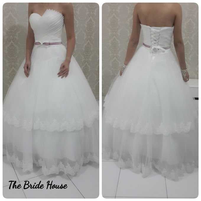 makeup n dress for wedding by The Bride House - 007