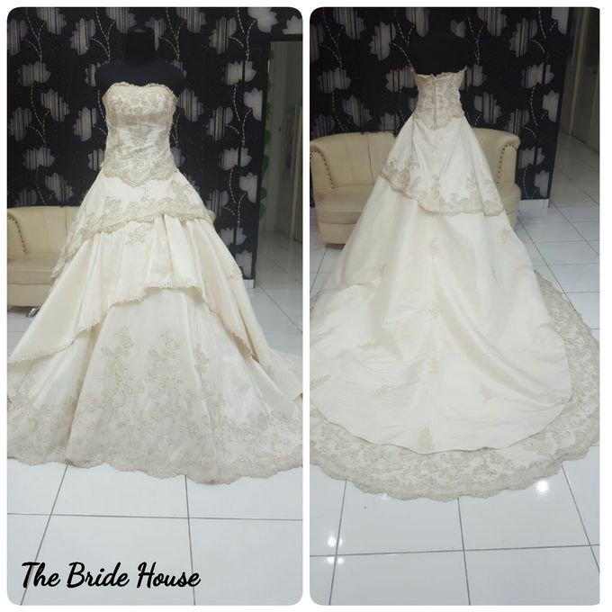 makeup n dress for wedding by The Bride House - 010