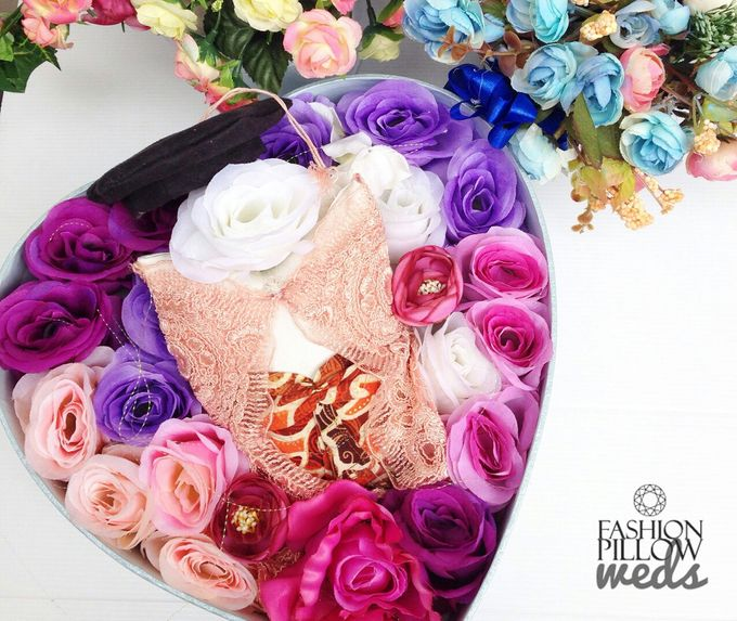 Wedding Ring Flower Box by Fashion Pillow Weds - 004
