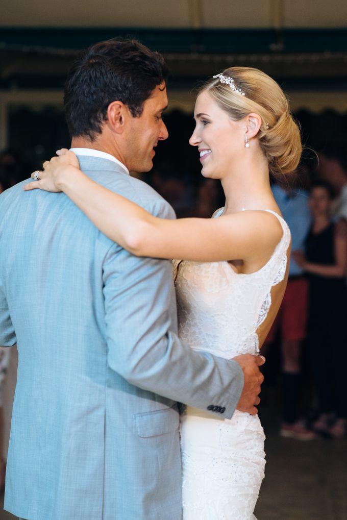 Wedding in tropical island ruins by Maria Elena Headpieces Australia - 022