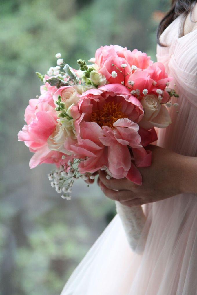Lovely Peony by Eve Florist - 020
