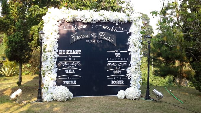 Wedding Decoration by Green Forest Resort & Wedding - 005