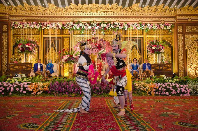 Javannese Wedding Asti & Ari by Mamie Hardo - 003