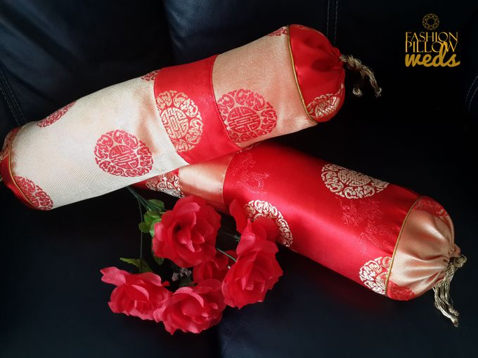 Cheongsam Wedding Pillow for Sangjit by Fashion Pillow Weds - 010
