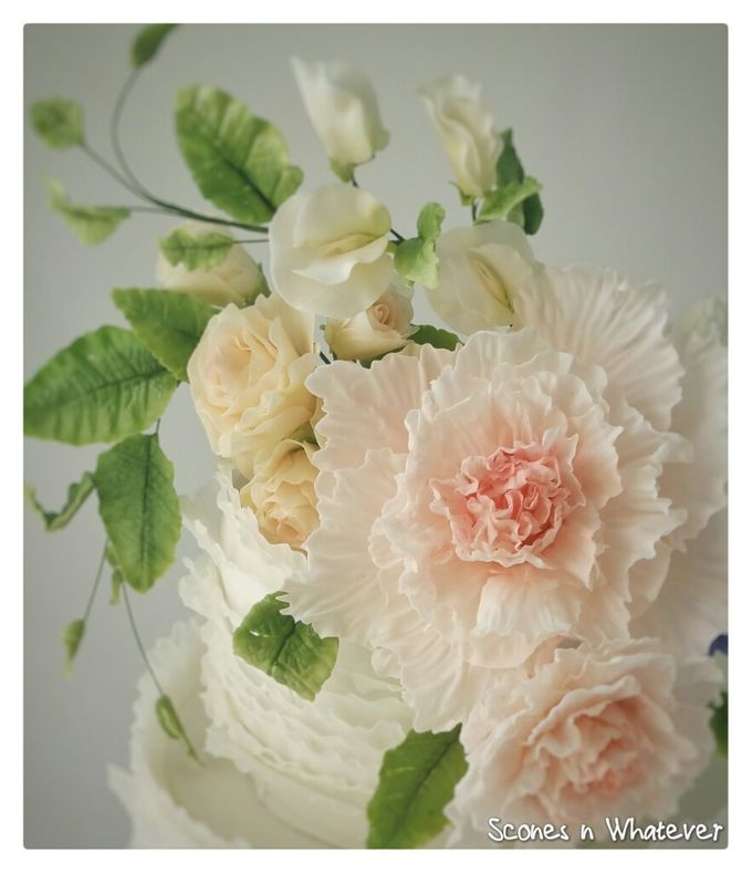 Intriccate frill decorated with handcrafted sugar flowers by Scones n Whatever by Kim Teo - 003