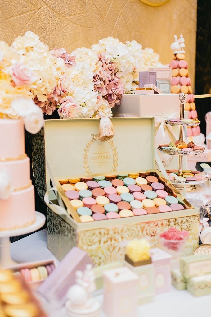 Luxurious floral wedding by Winifred Kristé Cake - 009