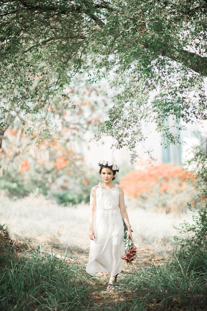 Dreamy and Eloquent Portrait by The Daydreamer Studios - 014