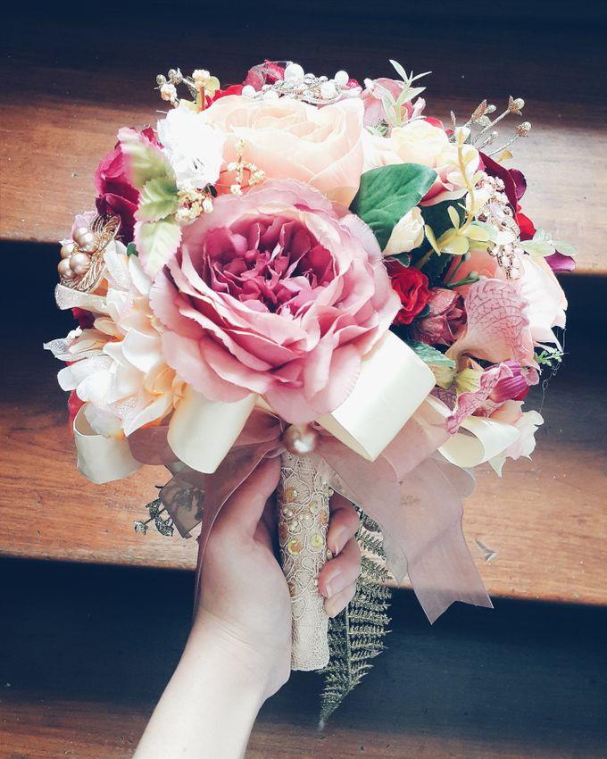 CHARME FAUX BOUQUET by LUX floral design - 012