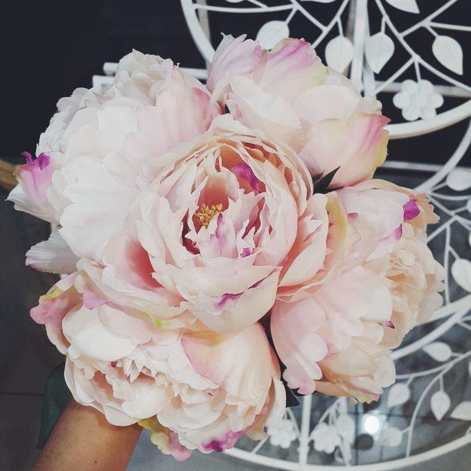 CHARME FAUX BOUQUET by LUX floral design - 011