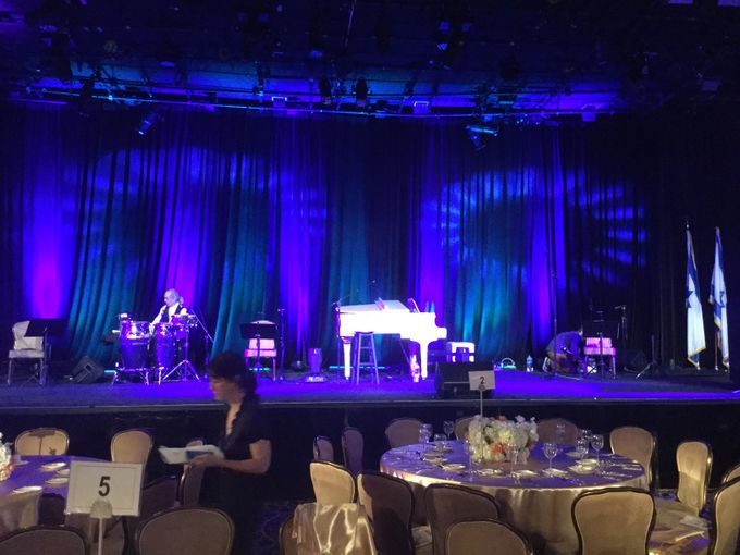 Beverly Hilton Hotel by Pärdē Productions - Parde Productions Event Lighting Los Angeles & Special Effects - 003