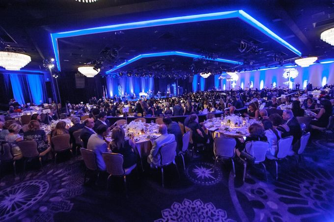 Beverly Hilton Hotel by Pärdē Productions - Parde Productions Event Lighting Los Angeles & Special Effects - 001