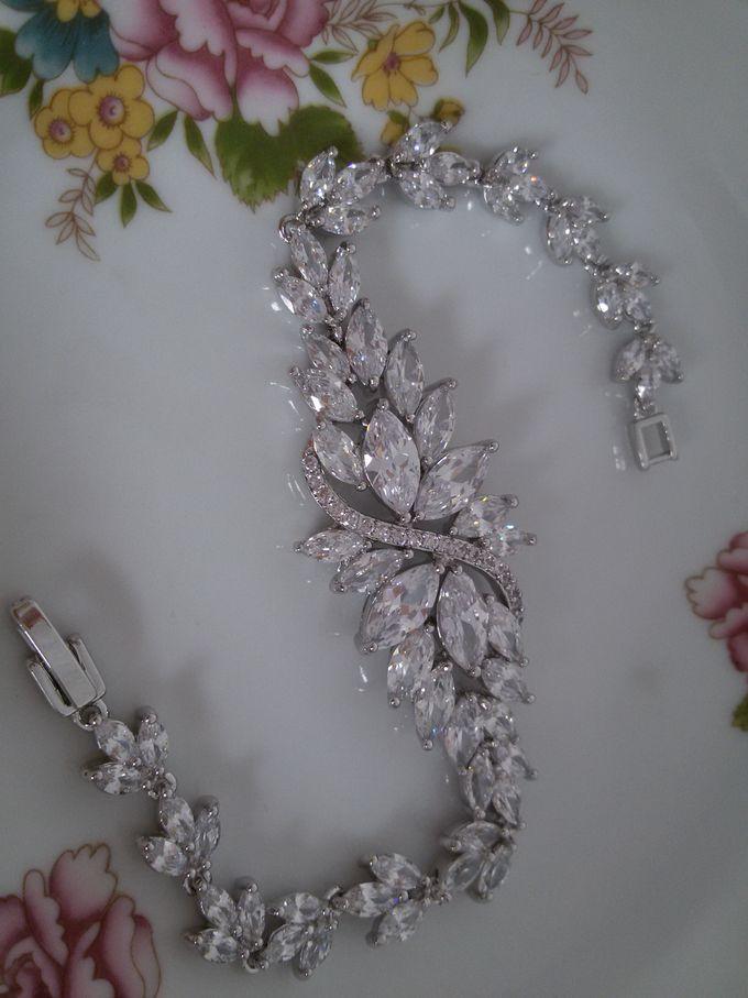 Bridal Bracelets by Pamela Falli - 013