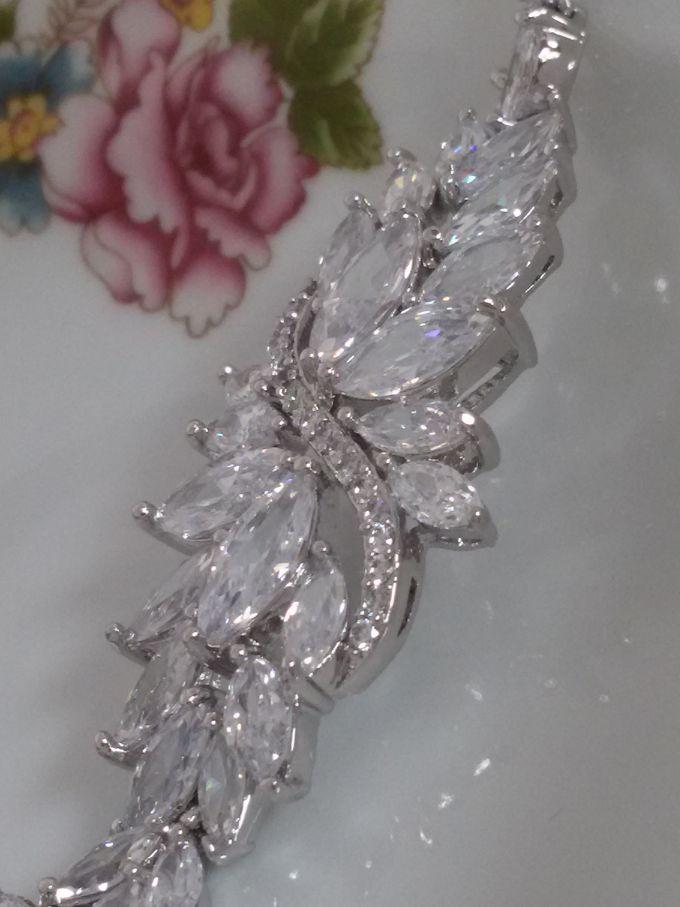 Bridal Bracelets by Pamela Falli - 014