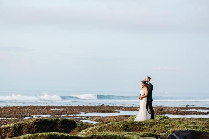 Suluban Beach Pre-Wedding by Peter Herman Photography - 028