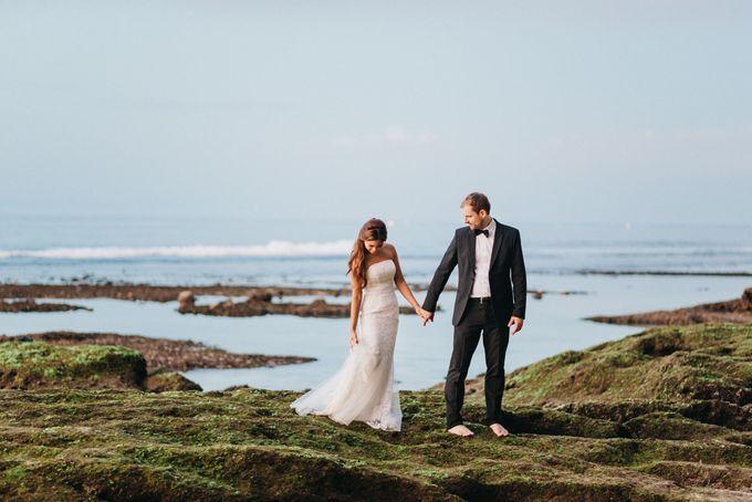 Suluban Beach Pre-Wedding by Peter Herman Photography - 029