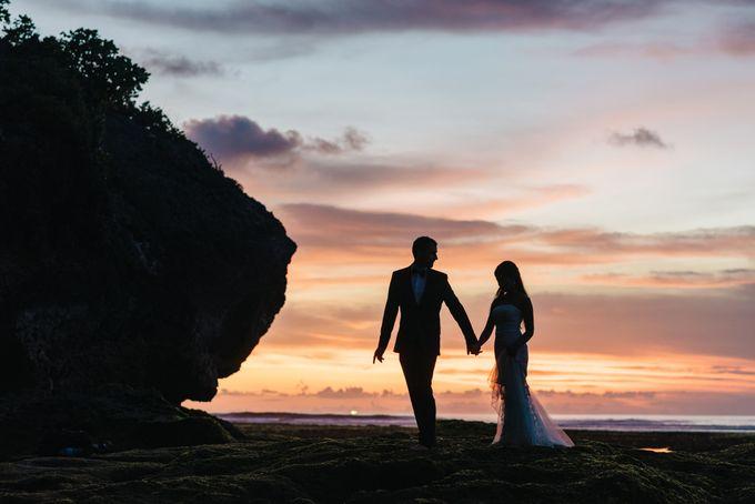 Suluban Beach Pre-Wedding by Peter Herman Photography - 031