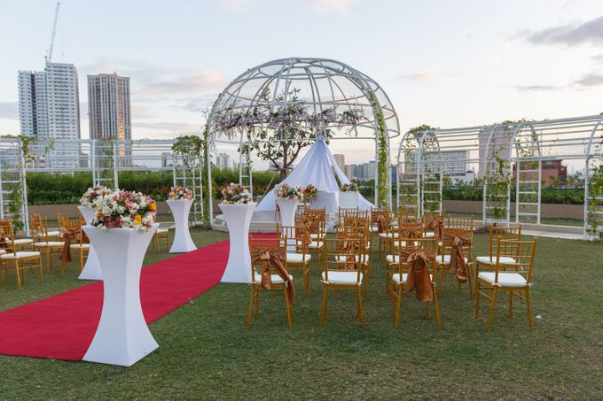 Wedding Arrangements by Novotel Manila Araneta Center - 007