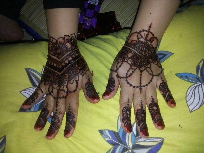 Red Henna by Ikkie henna art - 033