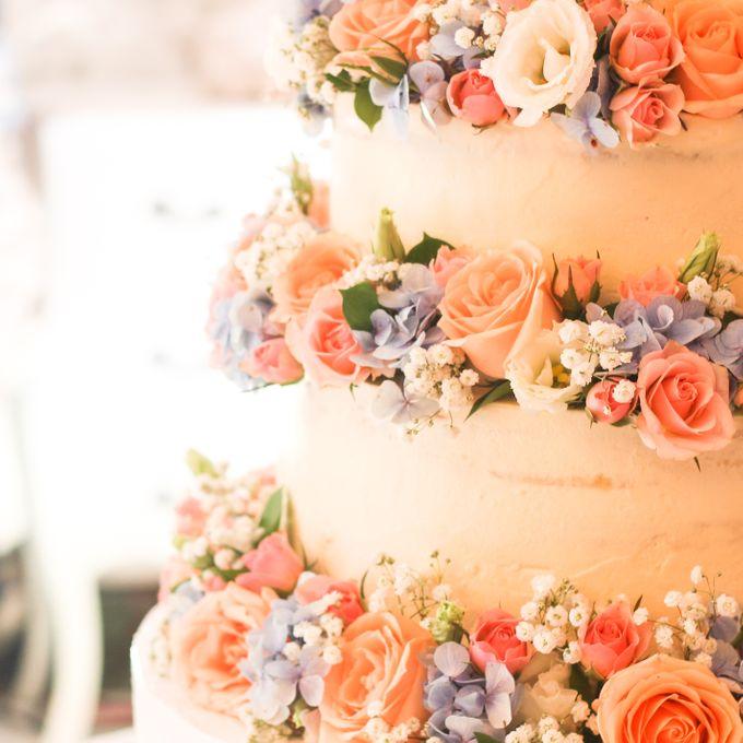 Wedding Cake - Denny & Octavia by Lareia Cake & Co. - 004