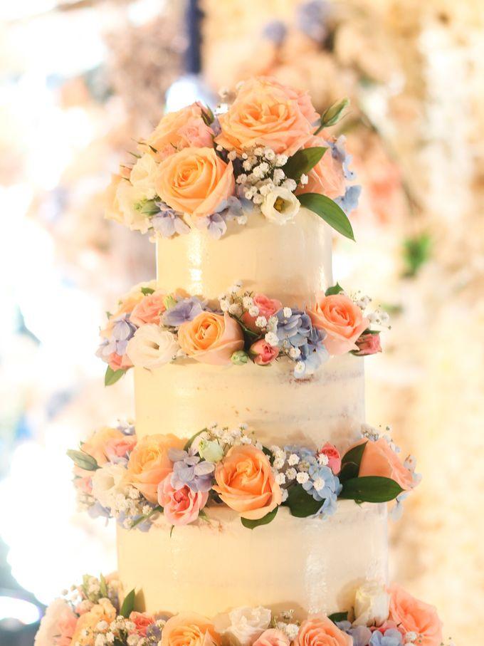 Wedding Cake - Denny & Octavia by Lareia Cake & Co. - 005