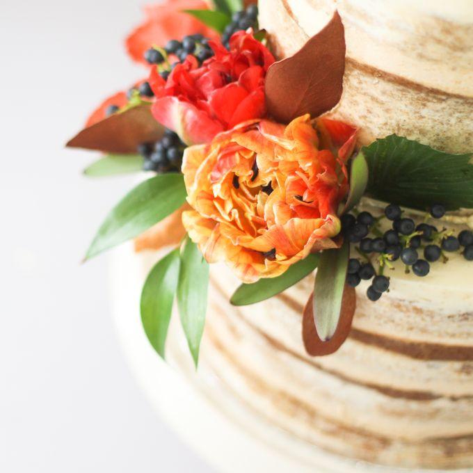 Party Cake - Semi Naked Autumn Cake by Lareia Cake & Co. - 006