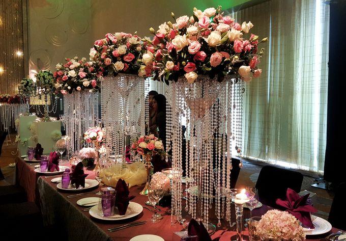 W singapore wedding showcase october 2016 by blackaccessories add to board w singapore wedding showcase october 2016 by blackaccessories specialises in crystal bouquet 006 junglespirit Images