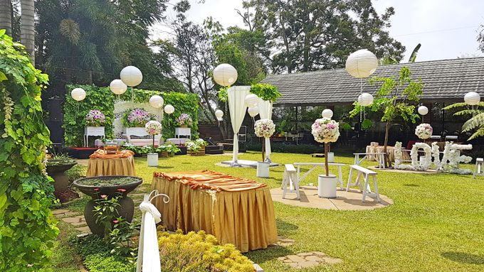 Jane & Wendy engagement party at Green Forest Resort Bandung by Gio Music Entertainment - 004