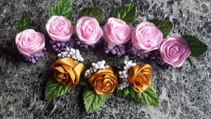 Single flower boutonniere by Letizia Wedding - 005