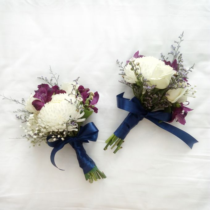 Bridesmaid Bouquet by Tiffany's Flower Room - 001