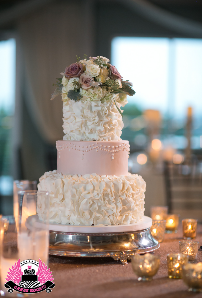 Wedding and Grooms' Cakes by Cakes ROCK!!! - 021