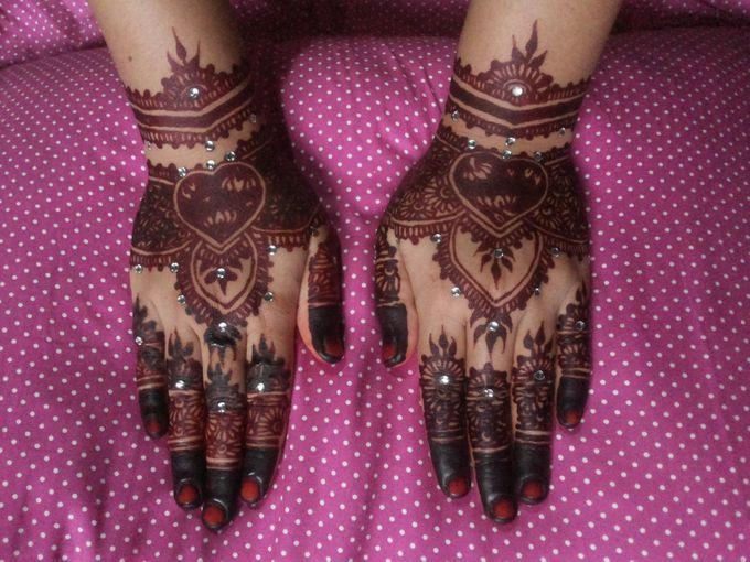 Red Henna by Ikkie henna art - 032