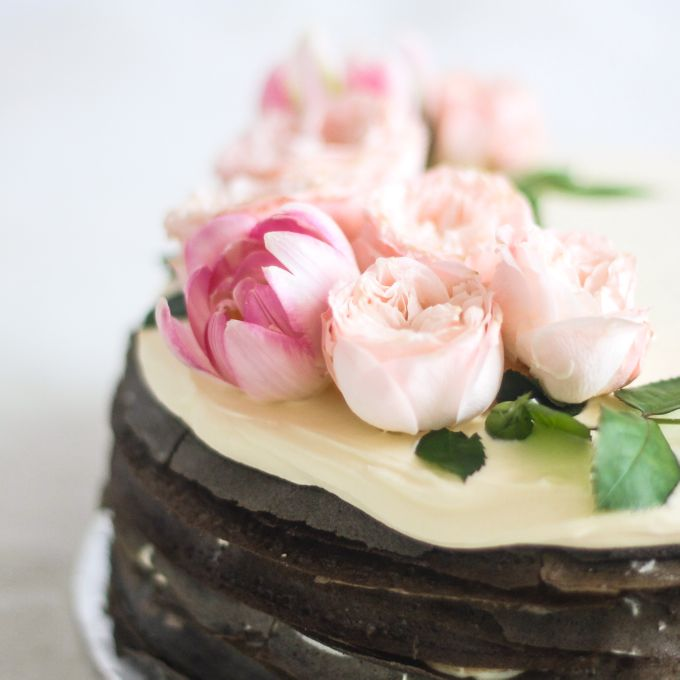Party Cake - Mille Crêpes with Fresh Flowers by Lareia Cake & Co. - 001