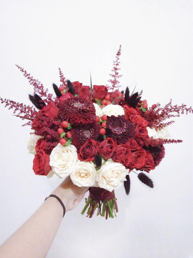 Red Theme Wedding By Tiffanys Flower Room Bridestory