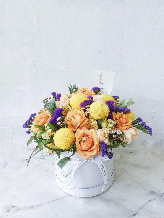 Vase Arrangement by Tiffany's Flower Room - 012