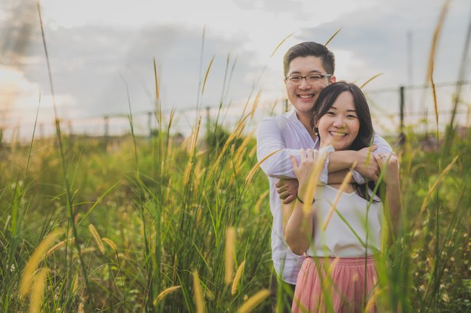 Engagement Pre-Wedding Photoshoot - Yang and Shirley by Alan Ng Photography - 007