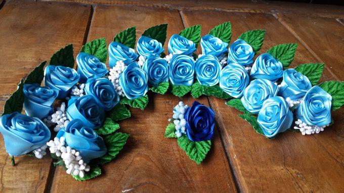 Single flower boutonniere by Letizia Wedding - 003