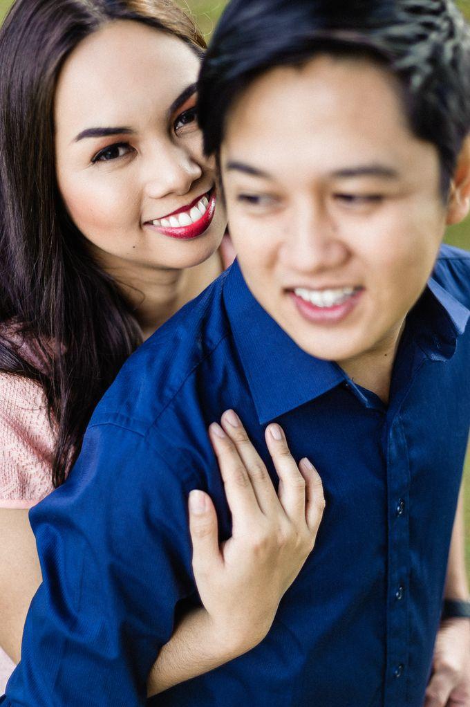Engagement Session | Elmer and Bernadette by Rainwalker Photography - 030