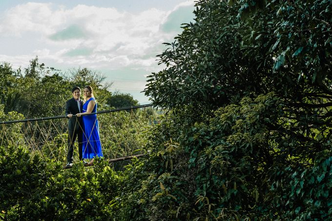 Engagement Session | Elmer and Bernadette by Rainwalker Photography - 033