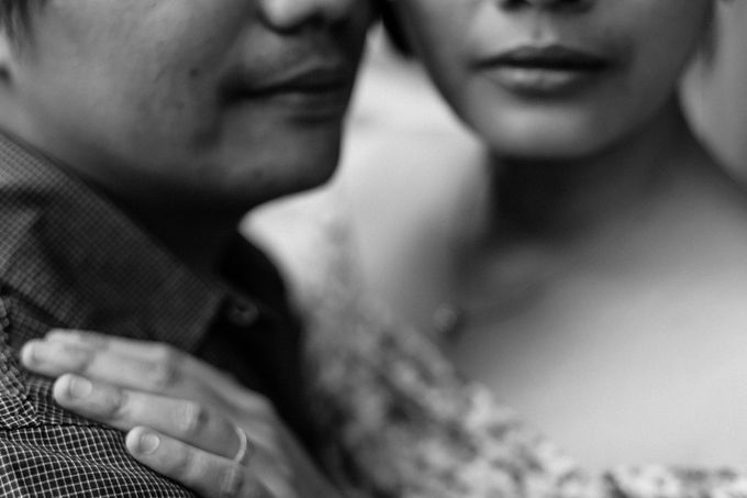 Engagement Session | Eric and Joan by Rainwalker Photography - 044