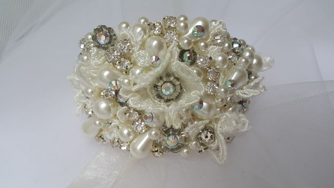 Bridal Bracelets by Pamela Falli - 022